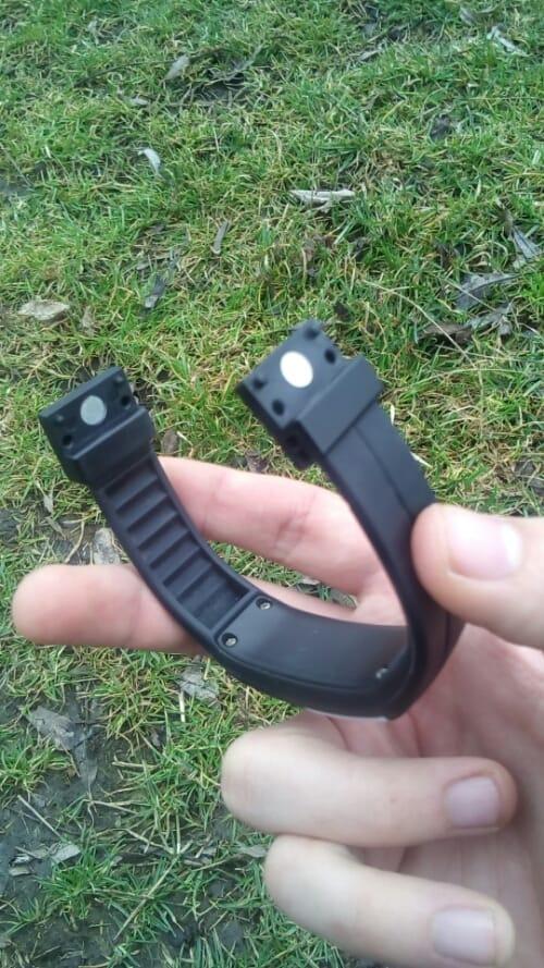 Brățară-ceas cu LED