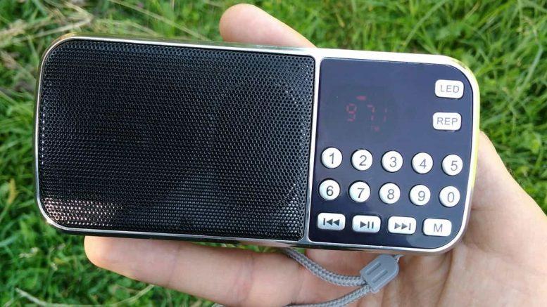 Radio portabil cu USB, microSD, AUX și preț bun